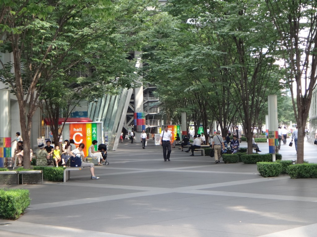 東京国際フォーラム中庭