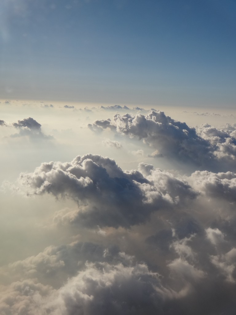 龍のような雲