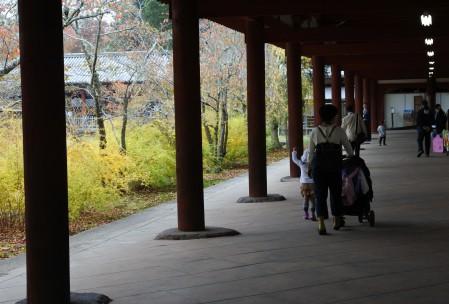 大仏殿周囲の回廊